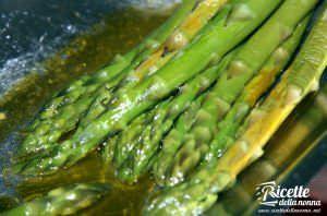 I 10 migliori piatti a base di asparagi