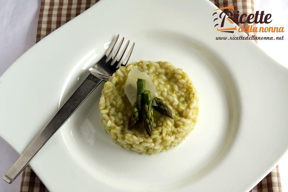 Risotto asparagi e carote ricette della nonna for Cucinare asparagi