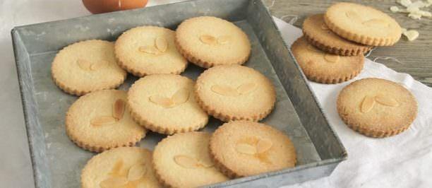 Ricetta biscotti olio e mandorle