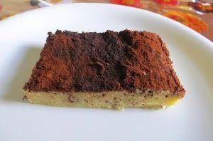 Torta di yogurt di soia, mandorle e cioccolato