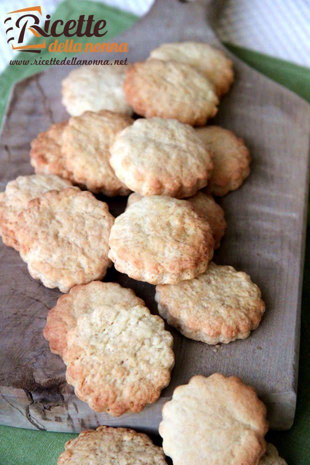 Biscotti secchi light ricetta e foto
