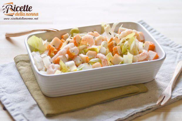 Insalata deliziosa gamberi surimi ricetta e foto