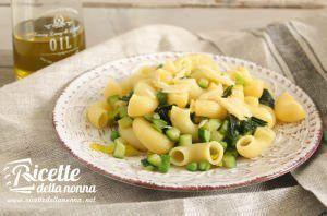 Insalata di pasta in verde