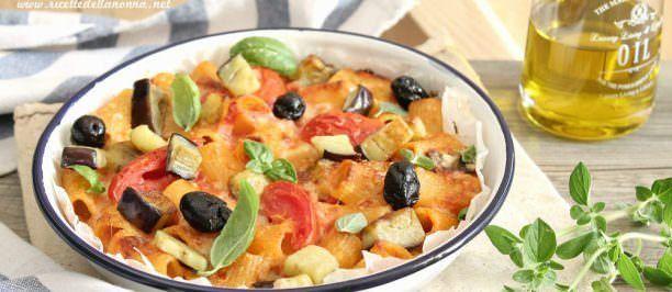 Foto Rigatoni al forno con melanzane e olive