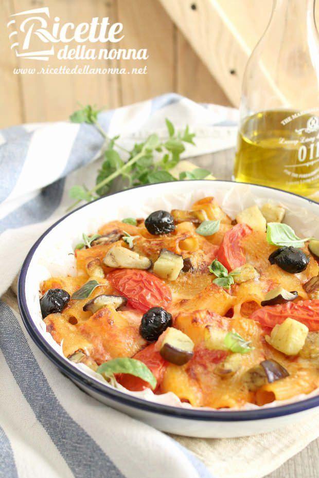 Rigatoni al forno con melanzane e olive