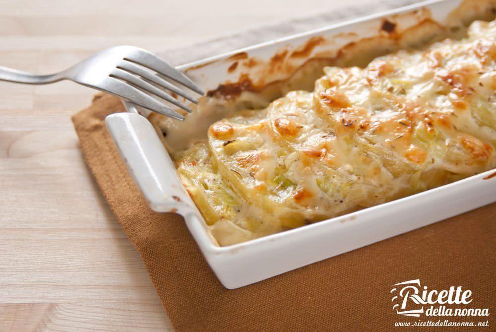 Patate gratinate con panna e porri ricette della nonna - Ricette con la panna da cucina ...