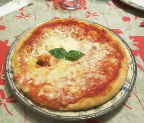 impasto per pizza, mozzarella