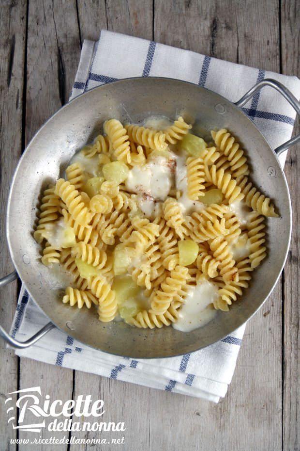 Foto pasta al forno con le patate