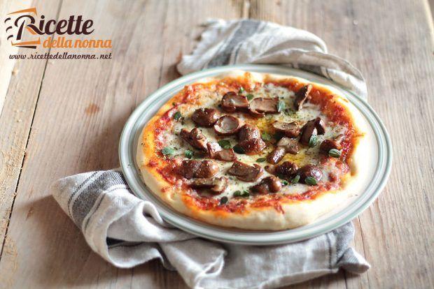 Pizza ai funghi porcini ricetta e foto