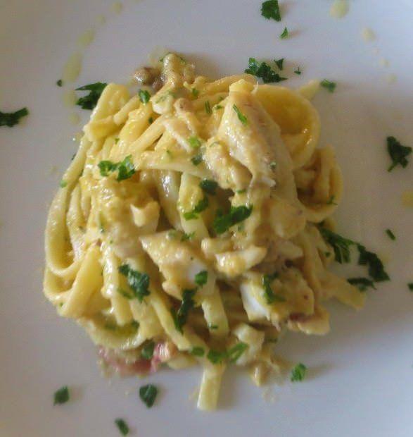 Linguine di Gragnano, verza e triglie ricetta e foto
