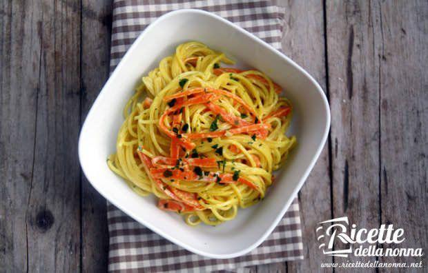 Spaghetti carote e zafferano ricetta e foto