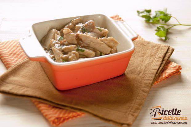 Straccetti di pollo ai funghi porcini ricetta e foto