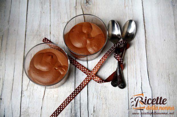 Mousse al cioccolato ricetta e foto