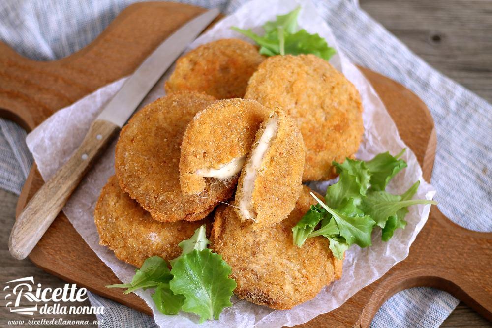 Ricetta mozzarella in carrozza ricette della nonna for Ricette mozzarella in carrozza al forno