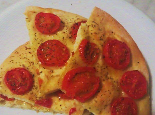 Focaccia con i pomodorini ricetta e foto