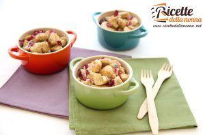 Bocconcini di pollo con radicchio e pinoli