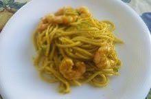 Spaghetti con gamberi e crema di fiori di zucca