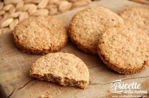 Biscotti ai cereali tipo Grancereale