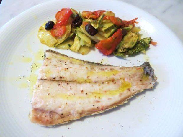 Pesce all 39 isolana ricette della nonna for Cucina italiana pesce