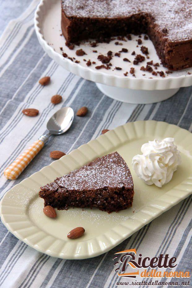 Torta caprese al cioccolato ricetta e foto