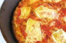 Pizza semintegrale al brie