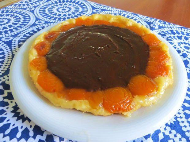 torta rovesciata di albicocche e cioccolato ricetta e foto