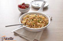 Fettucce di Gragnano alla crema di pomodori, capperi e frutta secca