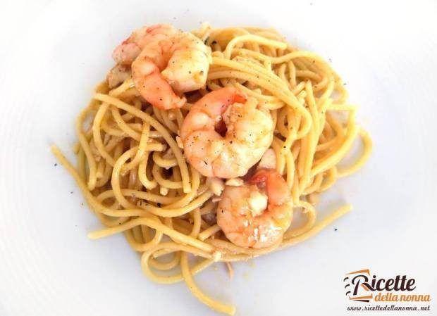 Ricetta spaghetti gamberi e gallinella