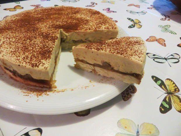 torta di mele, mandorle e crema spumosa alla cannella ricetta e foto