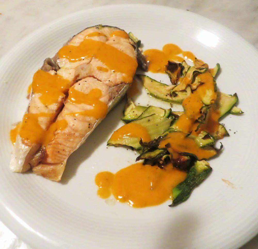 Salmone al forno con emulsione di pomodorini ricette for Salmone ricette