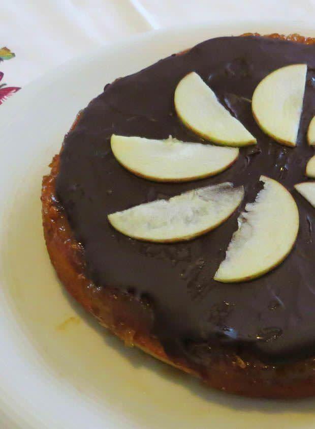 torta di mele, ricotta, cannella e cioccolato