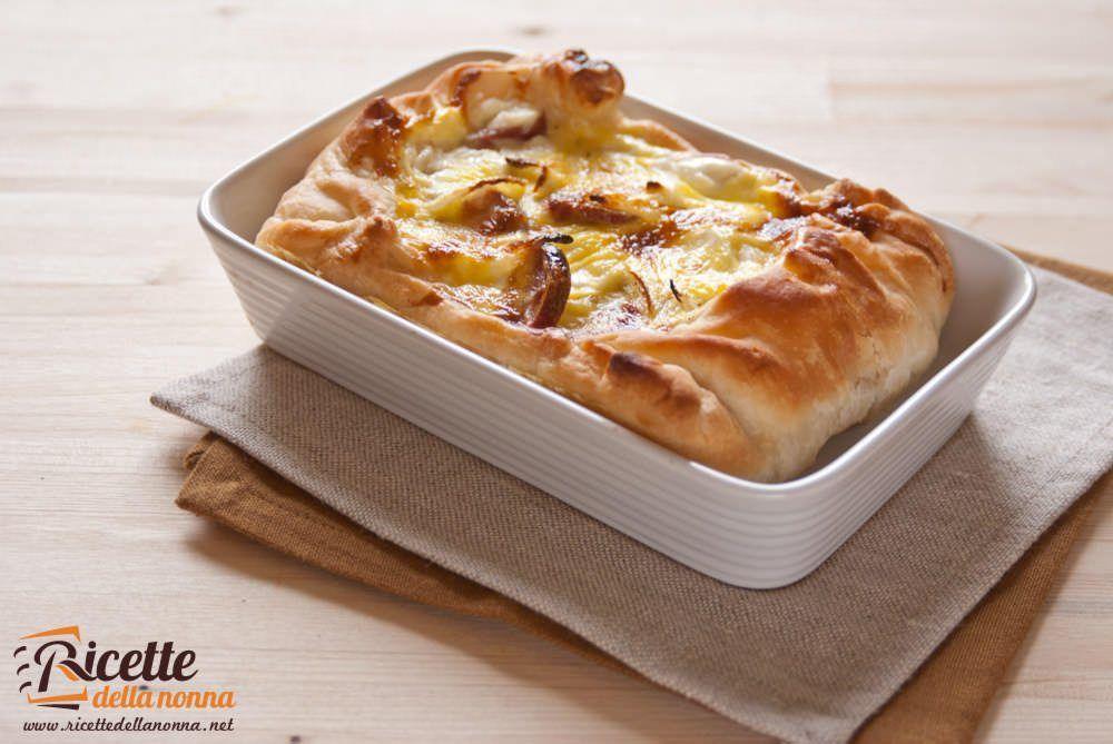 Sfoglia di wurstel patate e formaggio ricette della nonna for Torte salate con pasta sfoglia