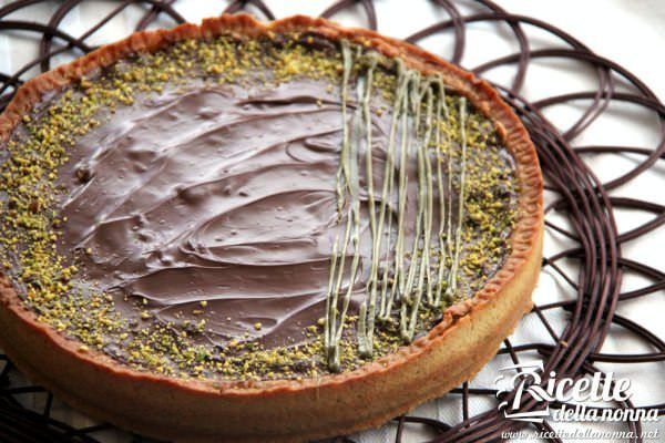 Crostata di frolla al pistacchio al ripieno di cocco, mandorla e Nutella