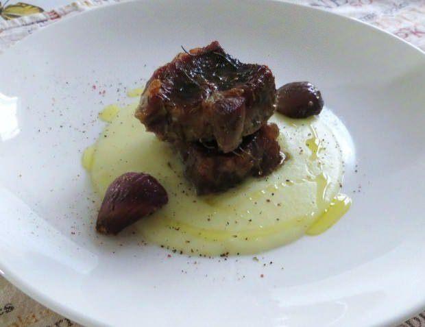 Capocollo, cipolline e crema di patate