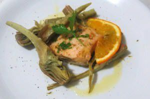 Salmone, carciofi e agrumi