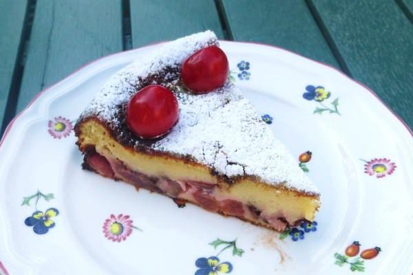 Torta di ciliegie e mascarpone