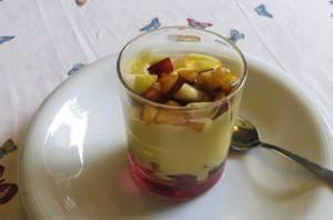 Crema ricca con macedonia
