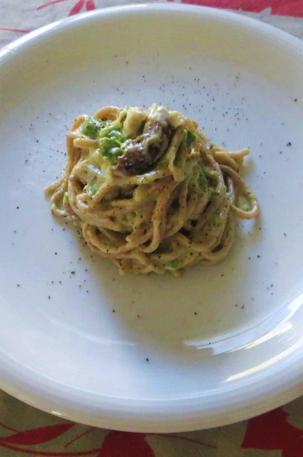 Tagliolini al farro con asparagi e porcini ricetta e foto