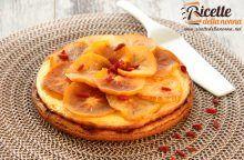 Cheesecake ai cachi e bacche di Goji