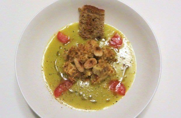 Foto Crema di zucchine trombetta con pollo alle mandorle