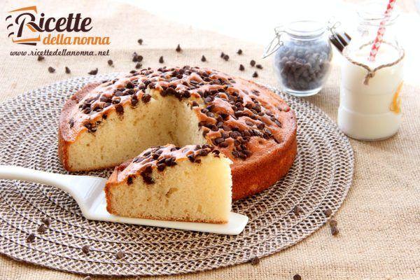 Torta soffice con yogurt e gocce di cioccolata