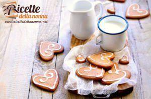 Biscotti svedesi dolcemente speziati e senza glutine