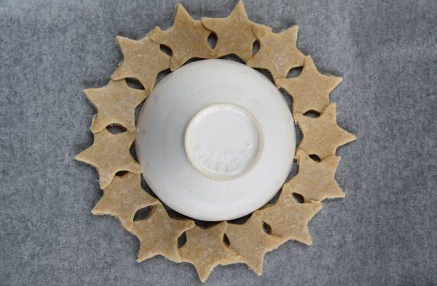 Ghirlanda di biscotti alla cannella