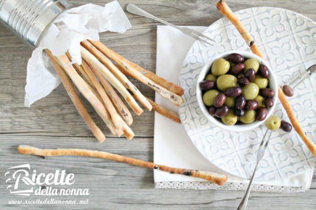 grissini alle olive 1