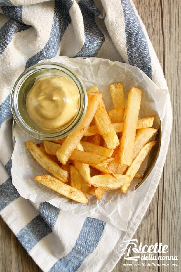 Patatine fritte ricette della nonna - Cucinare patate americane ...