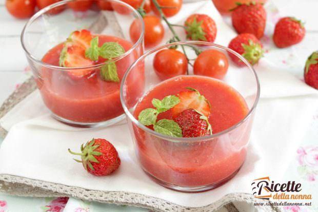 Ricetta Gazpacho di fragole e pomodoro 1