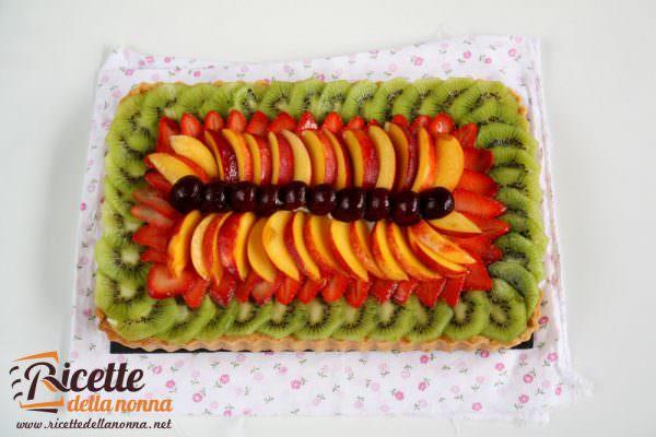 Crostata alla frutta con crema al lime