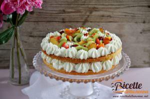 Naked cake alla frutta