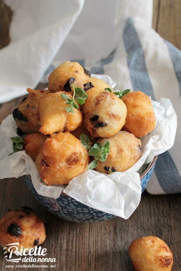 Foto pettole alle acciughe e olive