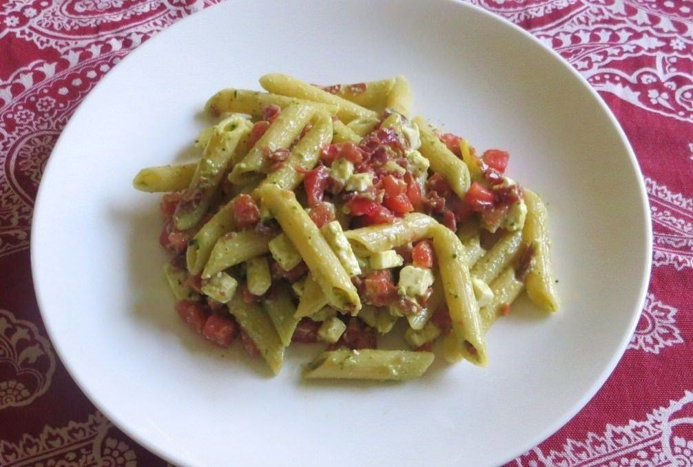 Penne fredde in salsa estiva ricette della nonna for Ricette veloci pasta